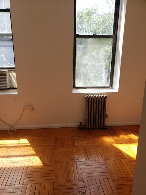 3 Bedrooms, Hell's Kitchen Rental in NYC for $3,800 - Photo 1