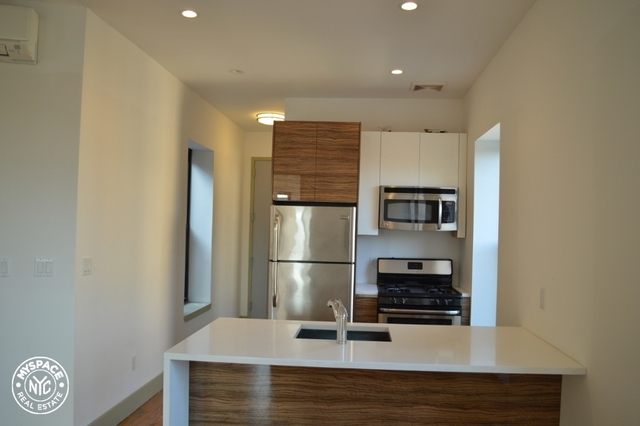 3 Bedrooms, Prospect Heights Rental in NYC for $3,278 - Photo 2