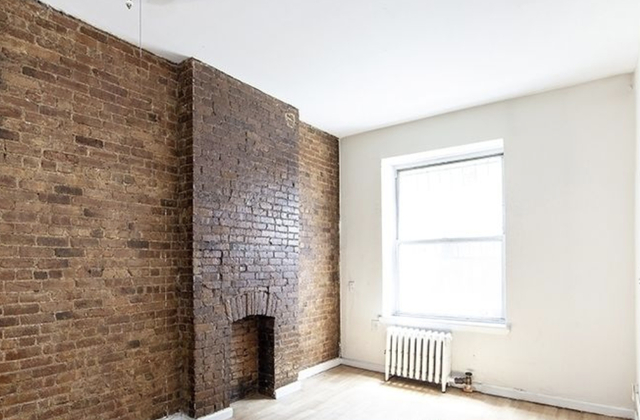 3 Bedrooms, Hell's Kitchen Rental in NYC for $3,895 - Photo 1