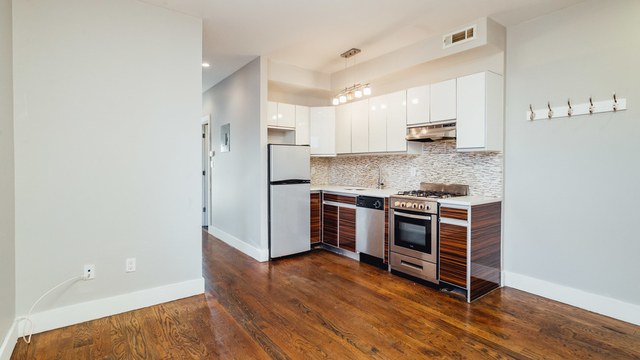 3 Bedrooms, Bedford-Stuyvesant Rental in NYC for $2,695 - Photo 2