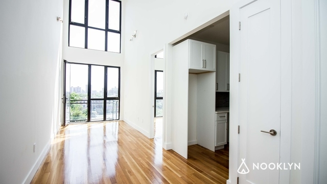 1 Bedroom, Ocean Hill Rental in NYC for $2,350 - Photo 2