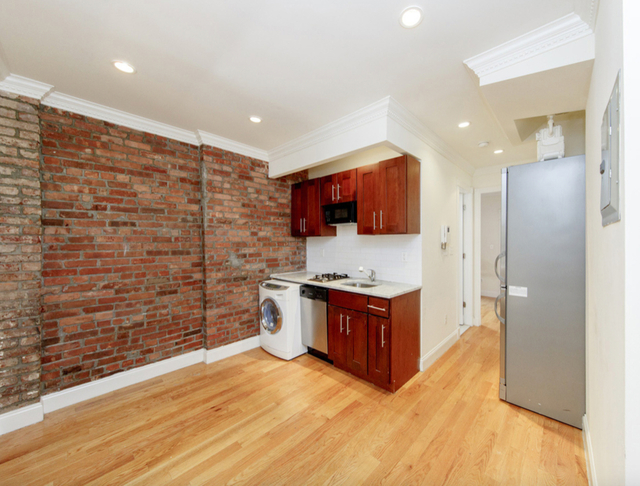 2 Bedrooms, Alphabet City Rental in NYC for $3,850 - Photo 1