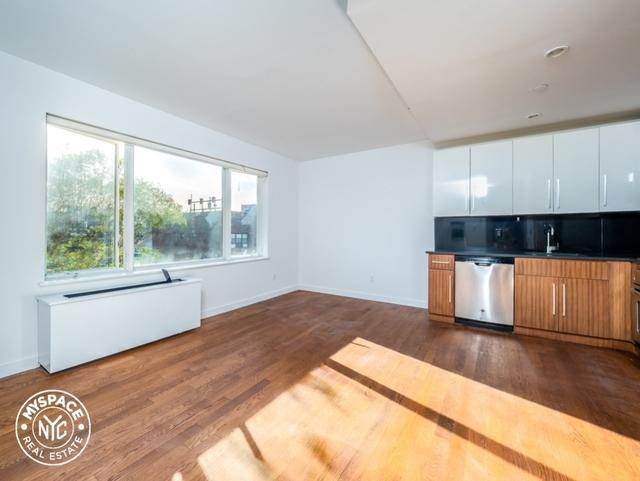 1 Bedroom, Bushwick Rental in NYC for $2,499 - Photo 1