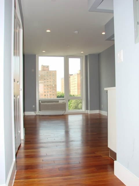 1 Bedroom, Astoria Rental in NYC for $2,750 - Photo 1