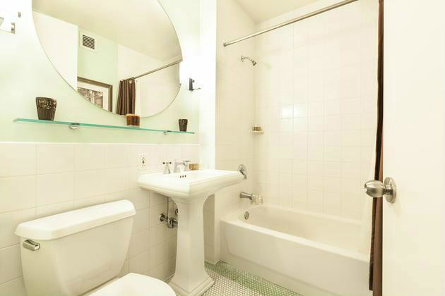 3 Bedrooms, Tribeca Rental in NYC for $10,200 - Photo 2