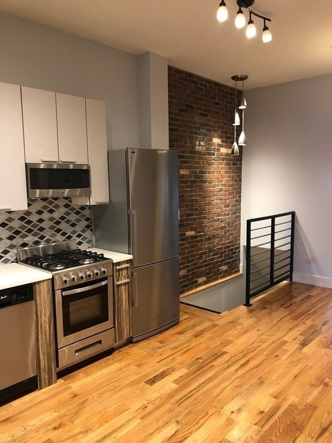 4 Bedrooms, East Williamsburg Rental in NYC for $3,995 - Photo 1