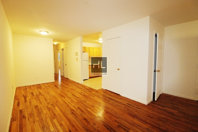 3 Bedrooms, Sunnyside Rental in NYC for $2,500 - Photo 2