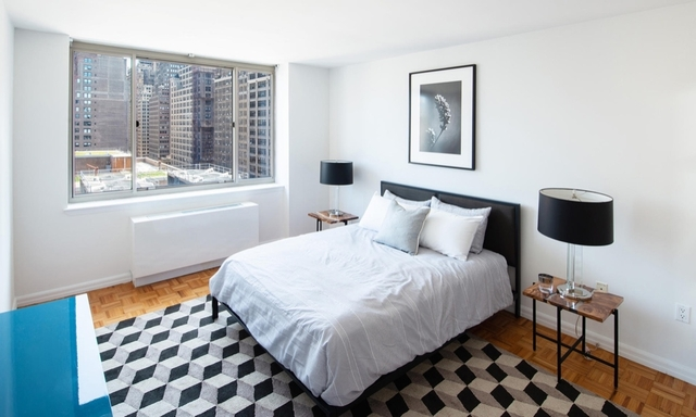 1 Bedroom, Chelsea Rental in NYC for $4,630 - Photo 2