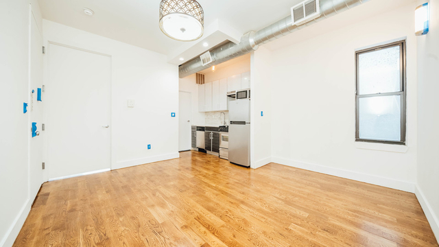 2 Bedrooms, Bushwick Rental in NYC for $3,499 - Photo 2