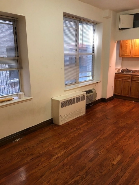 3 Bedrooms, Upper West Side Rental in NYC for $3,600 - Photo 2