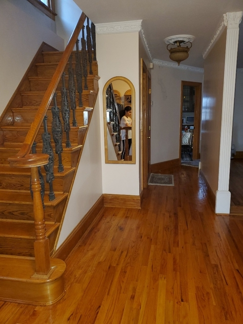 3 Bedrooms, Rego Park Rental in NYC for $3,600 - Photo 2
