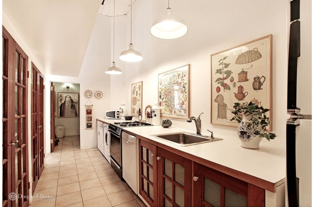 2 Bedrooms, SoHo Rental in NYC for $8,950 - Photo 2