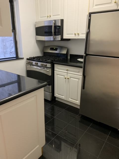 1 Bedroom, Woodlawn Heights Rental in NYC for $3,150 - Photo 2