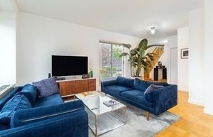 2 Bedrooms, Chelsea Rental in NYC for $7,995 - Photo 1