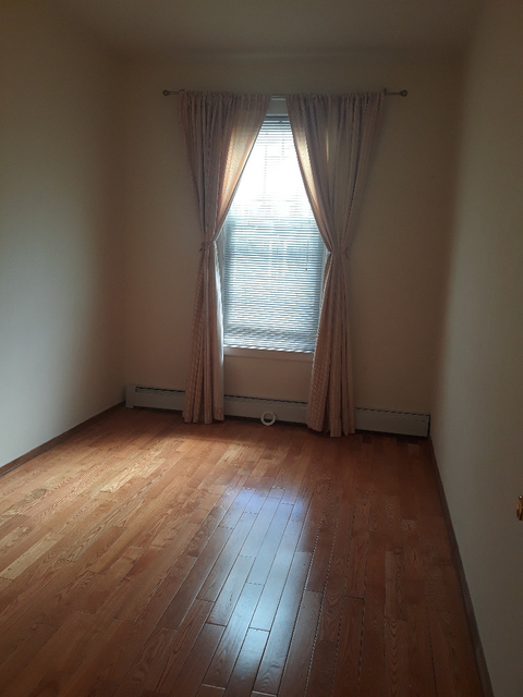 3 Bedrooms, Bensonhurst Rental in NYC for $2,200 - Photo 2