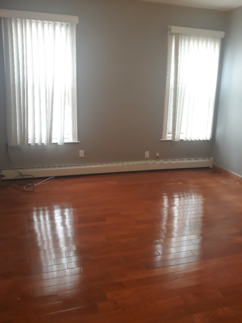 3 Bedrooms, Bensonhurst Rental in NYC for $2,200 - Photo 1