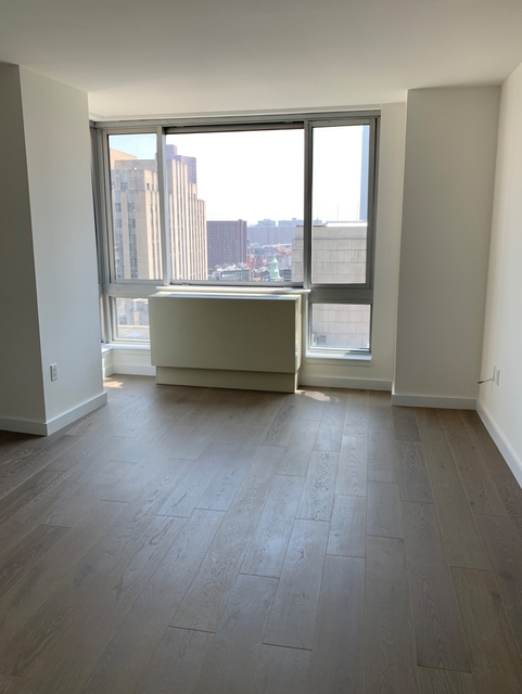 2 Bedrooms, Tribeca Rental in NYC for $6,700 - Photo 1