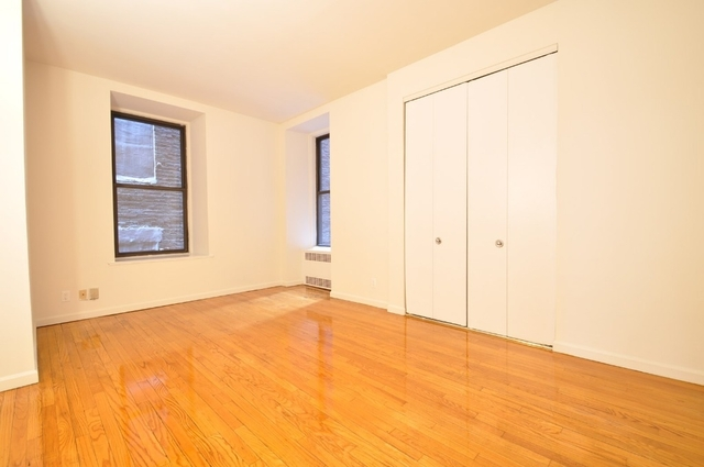 3 Bedrooms, Two Bridges Rental in NYC for $6,200 - Photo 1