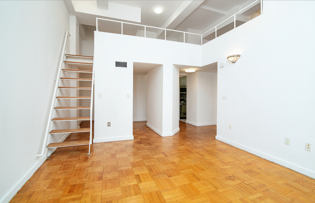 4 Bedrooms, Chelsea Rental in NYC for $7,995 - Photo 2