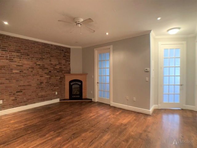3 Bedrooms, East Village Rental in NYC for $5,811 - Photo 1