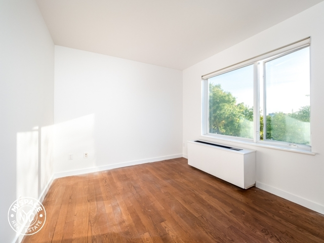 1 Bedroom, Bushwick Rental in NYC for $2,099 - Photo 2