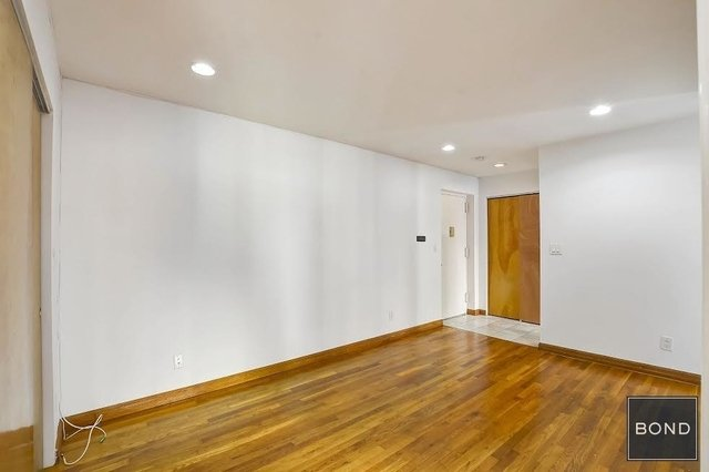 2 Bedrooms, Chelsea Rental in NYC for $3,400 - Photo 2