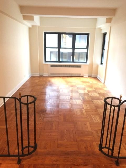 1 Bedroom, Midtown East Rental in NYC for $5,450 - Photo 2