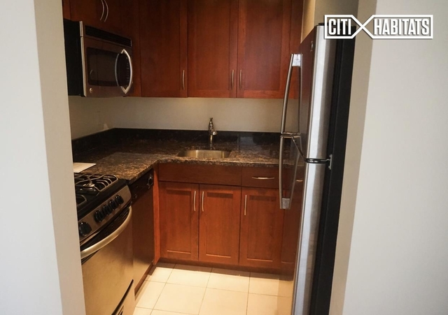 1 Bedroom, Lincoln Square Rental in NYC for $3,715 - Photo 2
