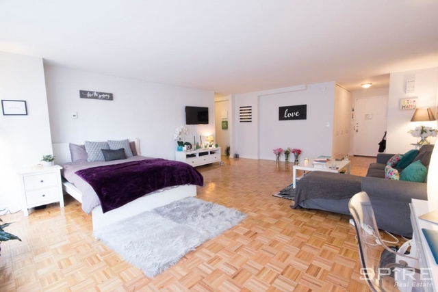 Studio, Lincoln Square Rental in NYC for $3,421 - Photo 1
