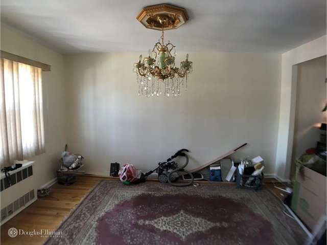 3 Bedrooms, Canarsie Rental in NYC for $2,500 - Photo 2