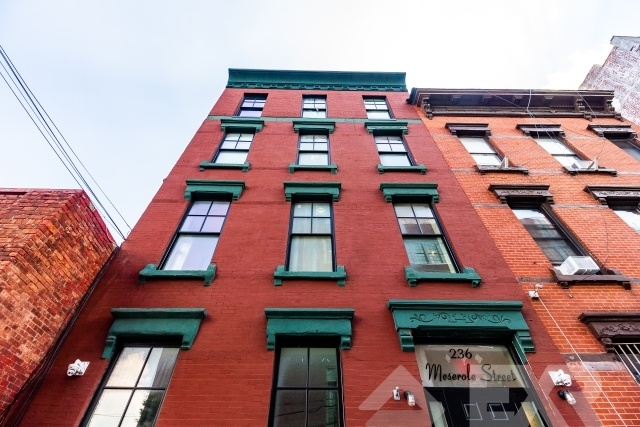 3 Bedrooms, East Williamsburg Rental in NYC for $3,399 - Photo 2