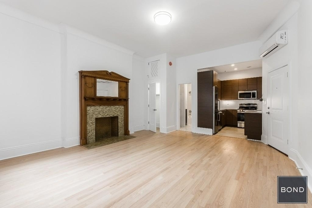 Studio, Lincoln Square Rental in NYC for $2,650 - Photo 2