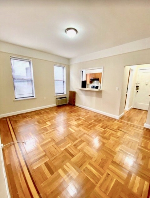 1 Bedroom, Astoria Rental in NYC for $2,000 - Photo 2