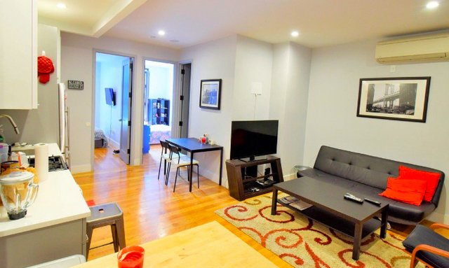 2 Bedrooms, East Williamsburg Rental in NYC for $3,499 - Photo 2