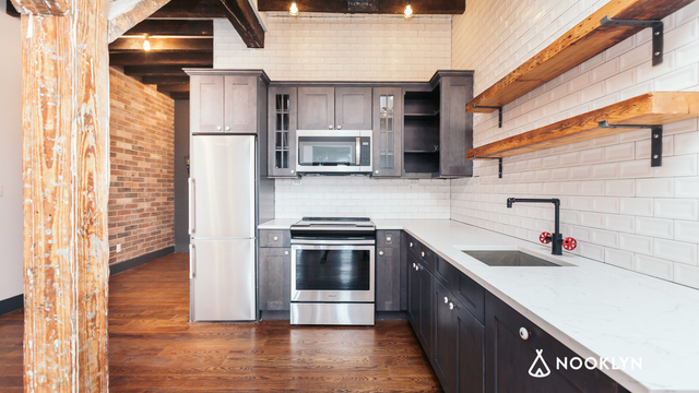 2 Bedrooms, East Williamsburg Rental in NYC for $3,299 - Photo 2