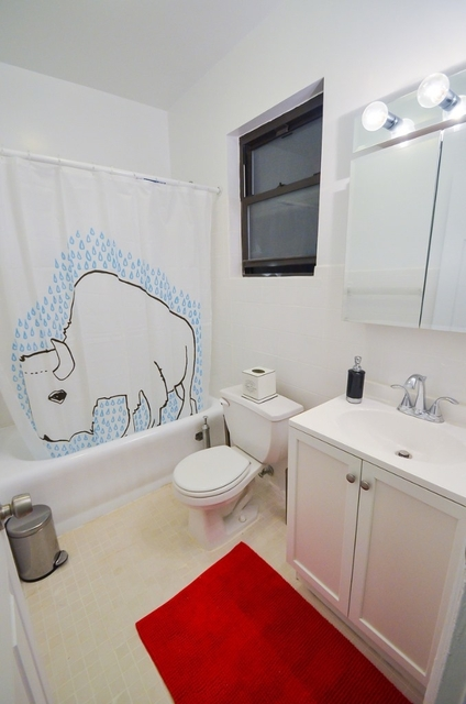 3 Bedrooms, Upper East Side Rental in NYC for $3,195 - Photo 2