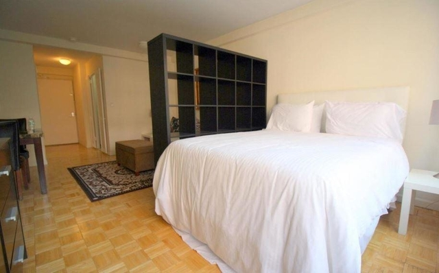 Studio, Turtle Bay Rental in NYC for $2,700 - Photo 2