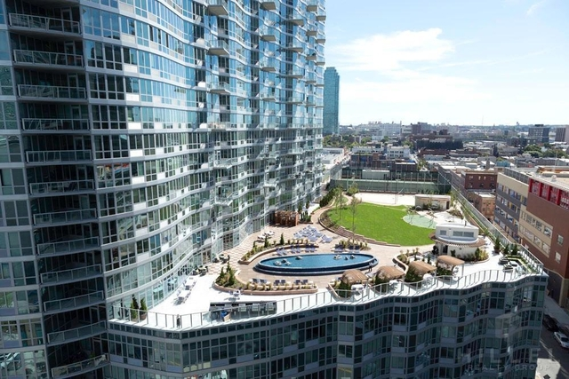 2 Bedrooms, Hunters Point Rental in NYC for $4,835 - Photo 1