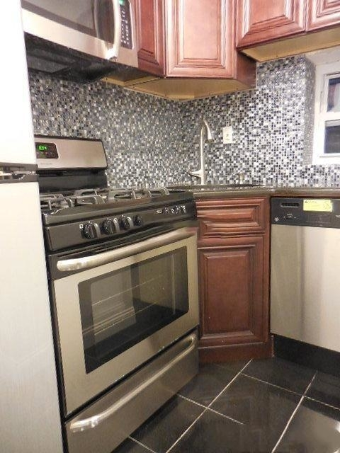1 Bedroom, Turtle Bay Rental in NYC for $2,395 - Photo 1