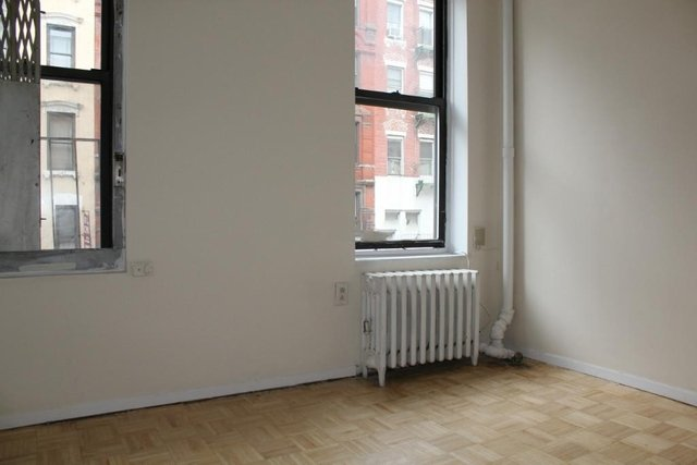 2 Bedrooms, East Village Rental in NYC for $2,405 - Photo 2