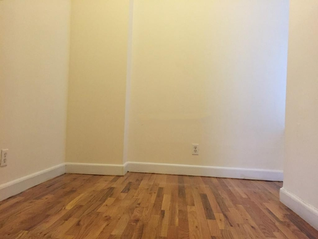 3 Bedrooms, East Village Rental in NYC for $4,600 - Photo 2
