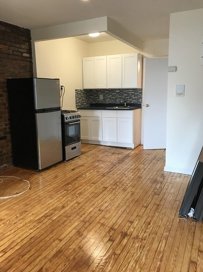 Studio, Bowery Rental in NYC for $2,099 - Photo 2
