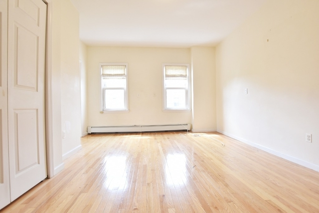 2 Bedrooms, Steinway Rental in NYC for $2,395 - Photo 2