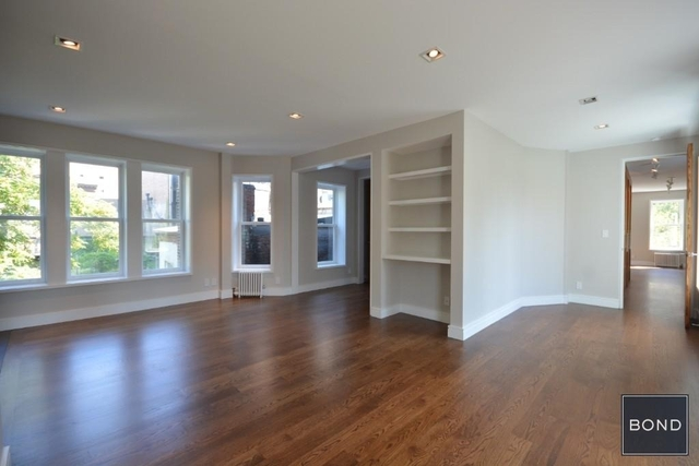 3 Bedrooms, Chelsea Rental in NYC for $8,950 - Photo 2