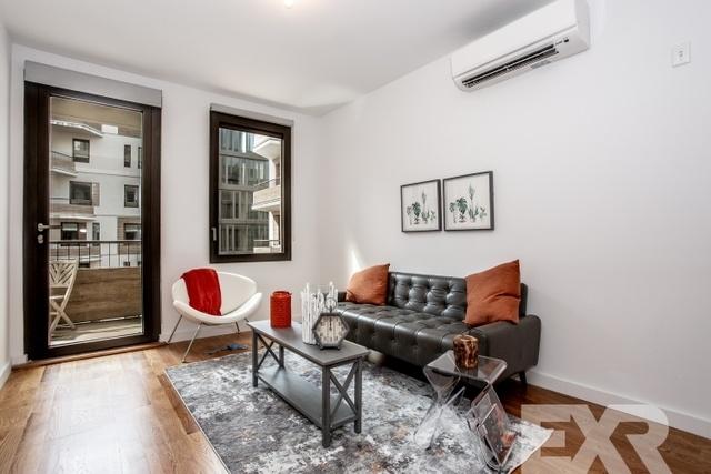 1 Bedroom, Bushwick Rental in NYC for $2,910 - Photo 2