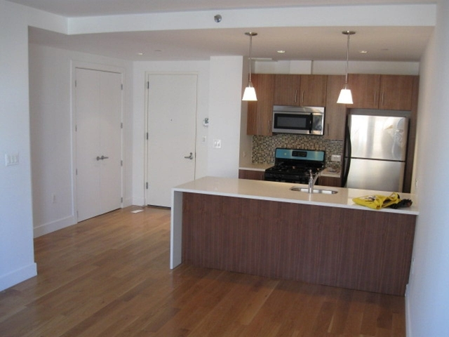 1 Bedroom, Astoria Rental in NYC for $2,650 - Photo 1