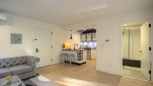 2 Bedrooms, Clinton Hill Rental in NYC for $3,199 - Photo 2
