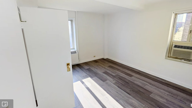 3 Bedrooms, East Village Rental in NYC for $4,850 - Photo 2