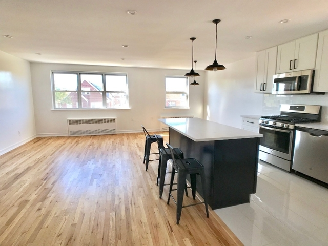 2 Bedrooms, Woodside Rental in NYC for $3,000 - Photo 1