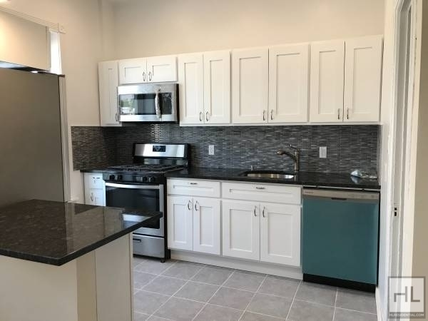 2 Bedrooms, Sunset Park Rental in NYC for $2,750 - Photo 1